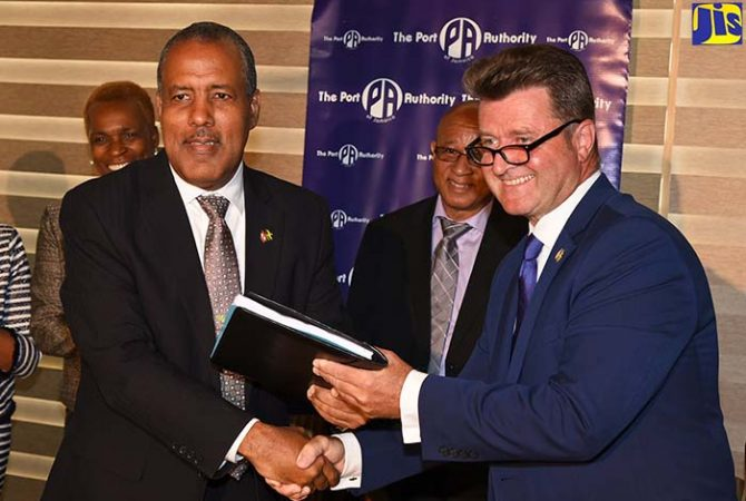 PAJ Signs Agreement to Improve Towage Services in Port of