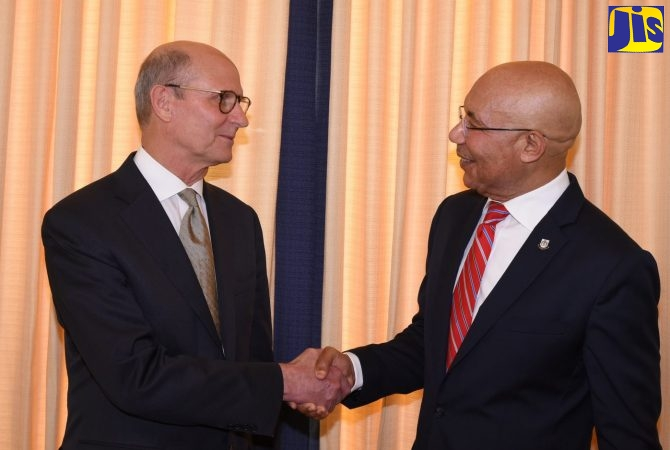 PHOTOS: GG Receives Courtesy Call from President of the Seventh-Day