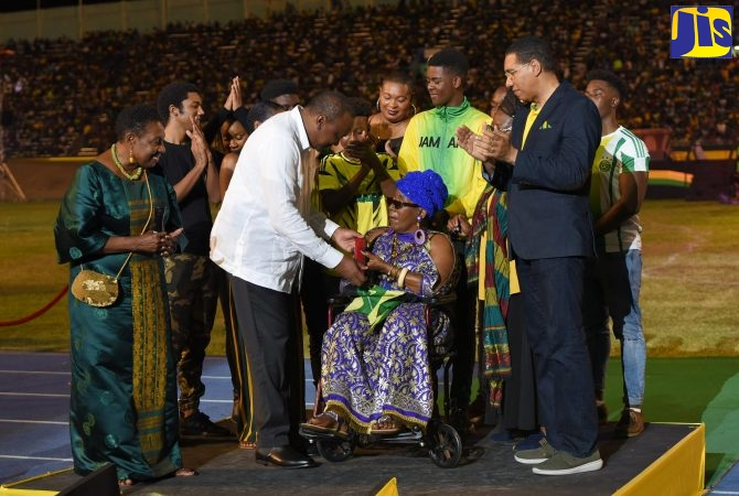 Rita Marley and Sizzla Honoured - Jamaica Information Service