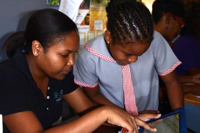 Windsor School for Special Education gets Tablets